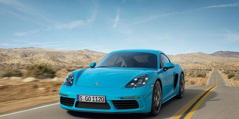 Road, Automotive design, Mode of transport, Vehicle, Infrastructure, Transport, Car, Performance car, Landscape, Hood,