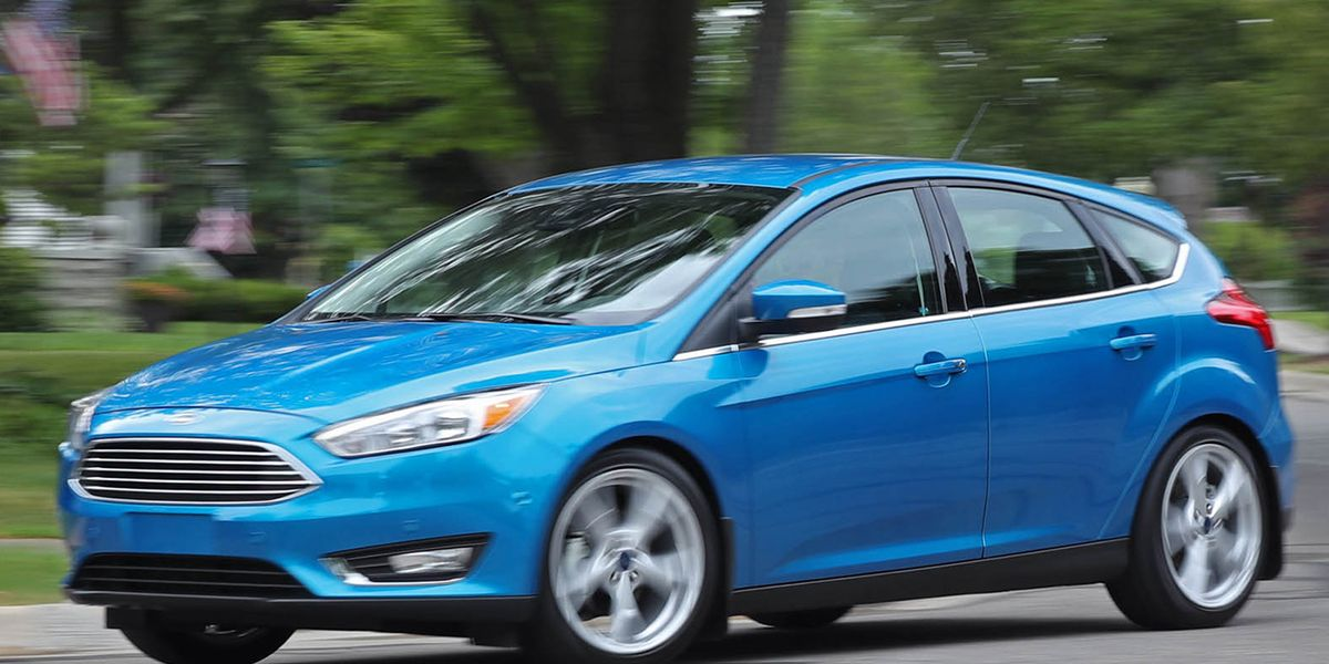 2016 ford focus 2 0l automatic hatchback review car and driver. Black Bedroom Furniture Sets. Home Design Ideas