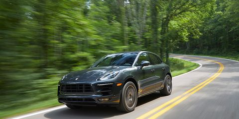 Tire, Wheel, Road, Automotive design, Vehicle, Land vehicle, Automotive tire, Rim, Automotive parking light, Automotive lighting,