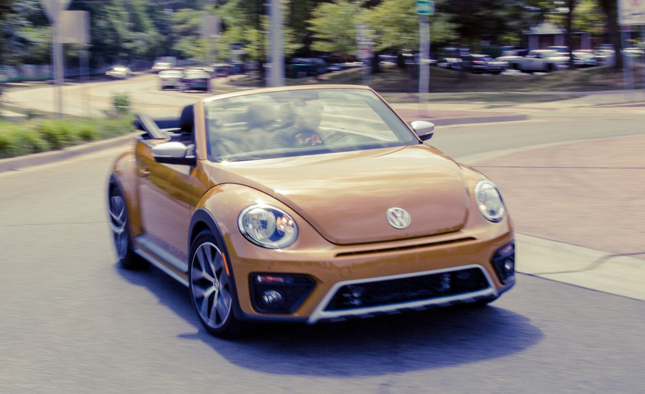 2017 Volkswagen Beetle Dune Convertible Test 8211 Review Car And Driver