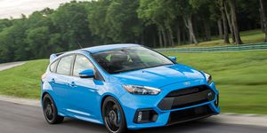 Focus Rs Hp >> Ford Focus Rs Review Pricing And Specs