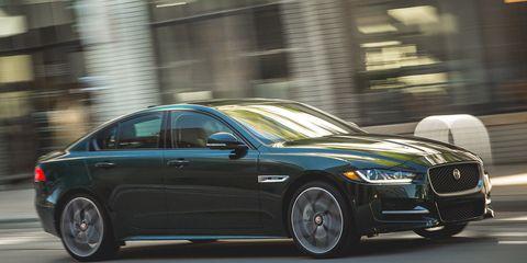 Land vehicle, Vehicle, Car, Luxury vehicle, Automotive design, Sedan, Mid-size car, Full-size car, Performance car, Wheel,