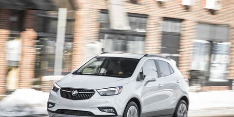 Motor vehicle, Automotive mirror, Wheel, Automotive design, Vehicle, Car, Headlamp, Automotive lighting, Grille, Rear-view mirror,