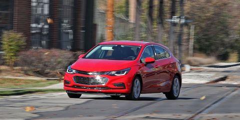 Land vehicle, Vehicle, Car, Mid-size car, Motor vehicle, Automotive design, Family car, Compact car, Hot hatch, Hatchback,