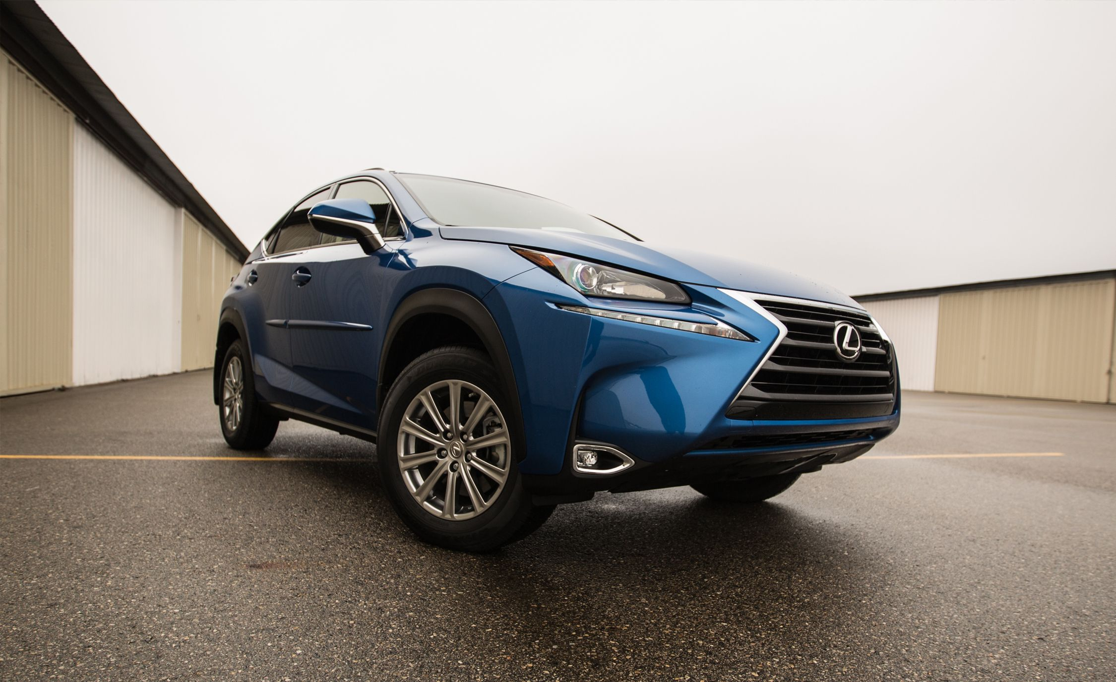 2017 Lexus Nx200t Nx300h Hybrid Quick Take 8211 Review Car And Driver