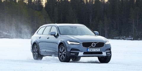 2017 Volvo V90 Cross Country Wagon First Drive 8211