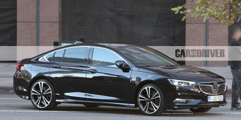 2018 Buick Regal Sedan And Wagon Spied They Re Undisguised Hot