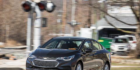 Land vehicle, Vehicle, Car, Mid-size car, Automotive design, Motor vehicle, Sedan, Compact car, Hyundai, City car,
