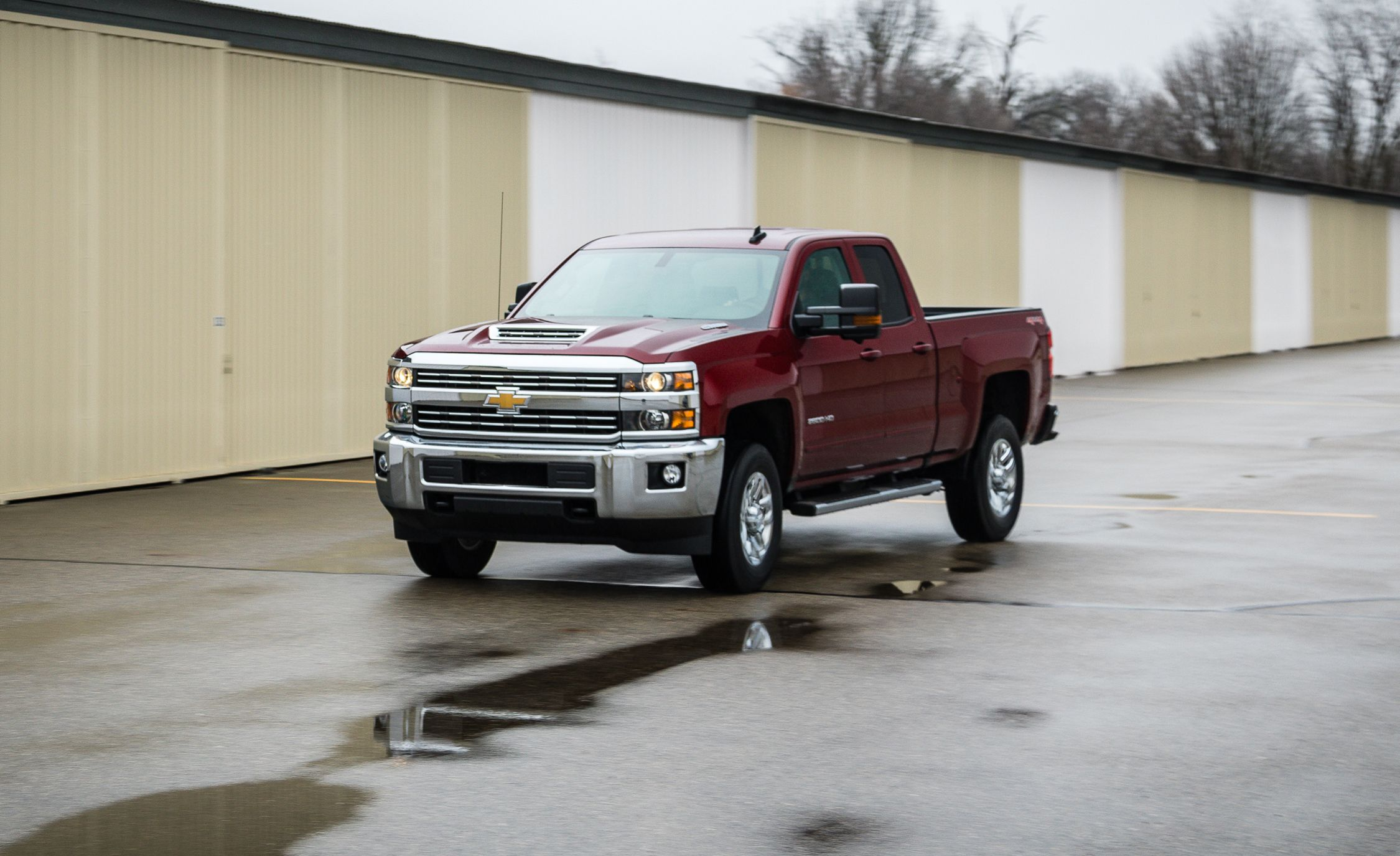 2017 Chevrolet Silverado 2500hd 4x4 Sel Tested Review Car And Driver