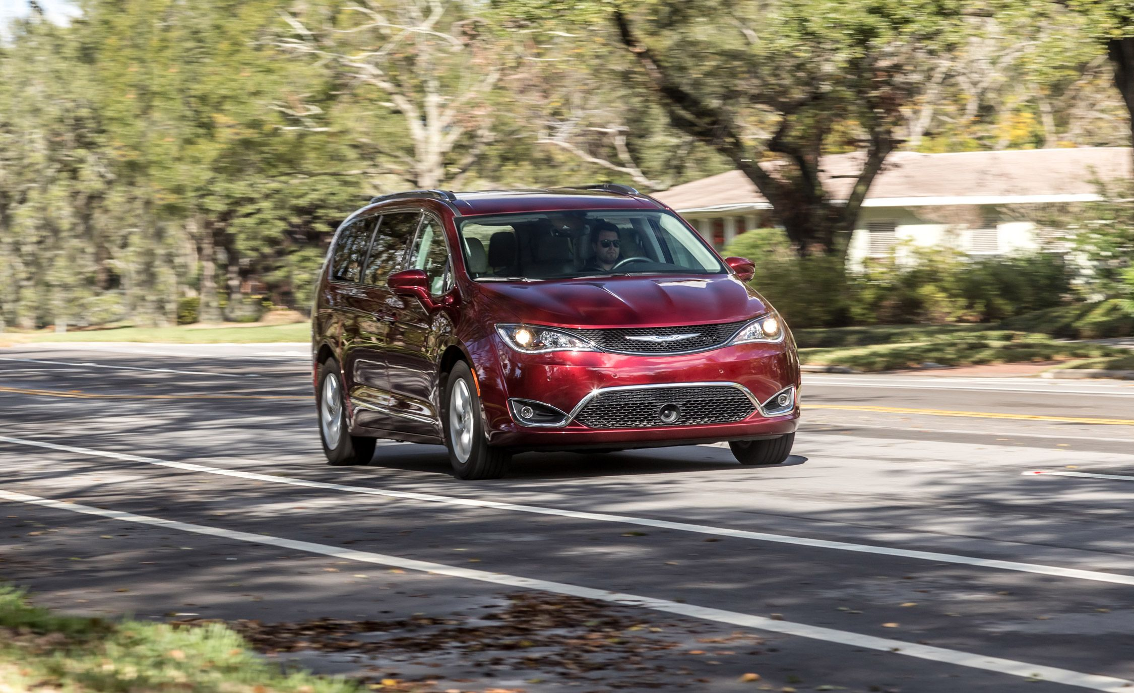 4a7754ee6892 2017 Chrysler Pacifica Long-Term Test