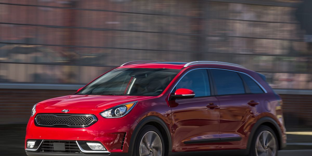 2017 Kia Niro Test Review Car And Driver