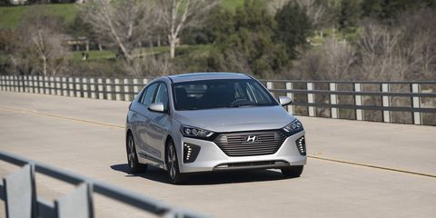 View Photos Image The 2018 Hyundai Ioniq