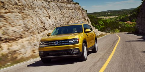 Vw Atlas Towing Capacity >> 2018 Volkswagen Atlas First Drive Review Car And Driver