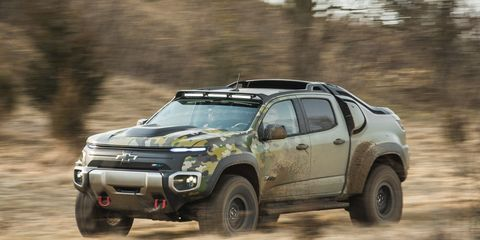 Land vehicle, Vehicle, Car, Off-roading, Regularity rally, Pickup truck, Off-road vehicle, Automotive tire, Toyota, Automotive design,