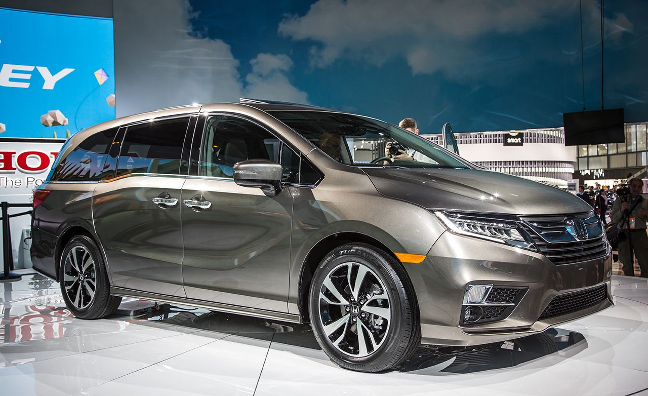 2018 Honda Odyssey Magical Seats And A 10 Sd Automatic