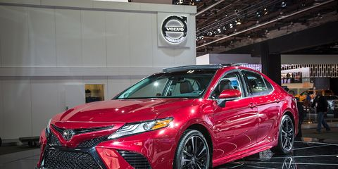 2018 Toyota Camry Photos and Info –