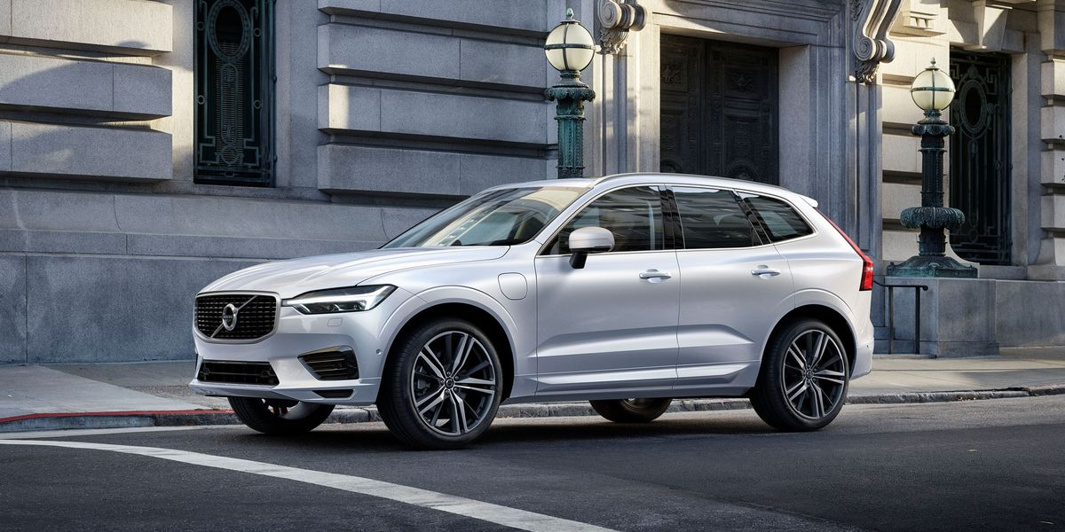 2018 Volvo Xc60 Photos And Info 8211 News 8211 Car And Driver