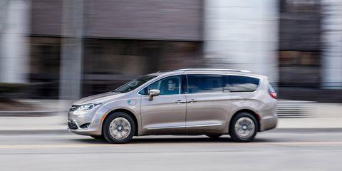 Land vehicle, Vehicle, Car, Family car, Mode of transport, Minivan, Mid-size car, Compact mpv, Automotive design, Ford motor company,