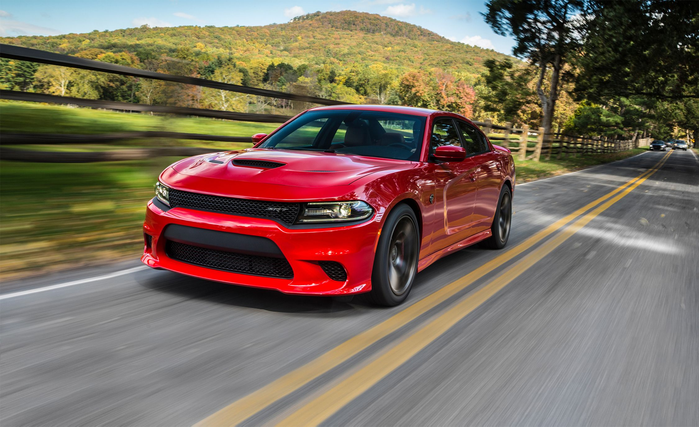 Dodge Charger Srt >> 2017 Dodge Charger Srt Hellcat Review Car And Driver