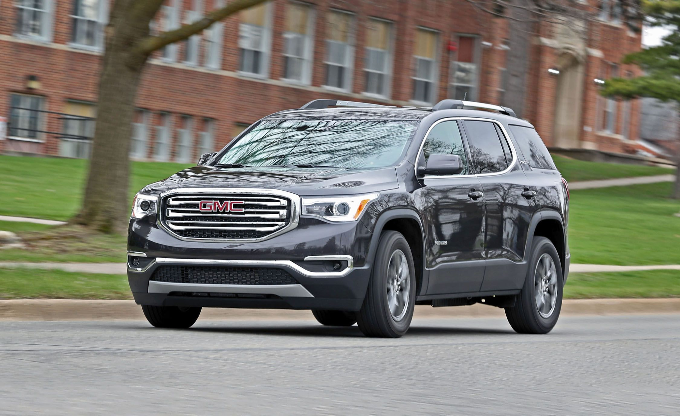 2017 Gmc Acadia V 6 Fwd Test Review Car And Driver