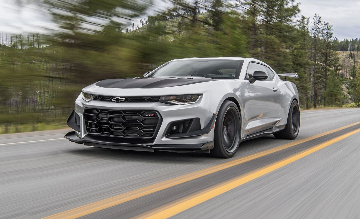 2018 Chevrolet Camaro Zl1 1le First Drive Review Car And Driver