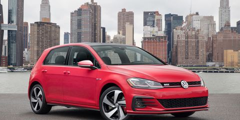 2018 Golf R >> 2018 Volkswagen Golf Gti And Golf R Photos And Info 8211
