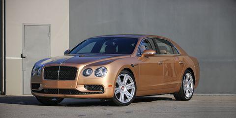 Land vehicle, Luxury vehicle, Vehicle, Car, Motor vehicle, Bentley, Automotive design, Full-size car, Alloy wheel, Personal luxury car,