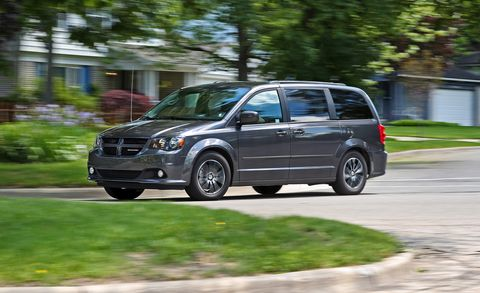 2017 Dodge Grand Caravan >> 2017 Dodge Grand Caravan Test Review Car And Driver