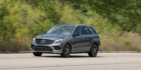 Land vehicle, Vehicle, Car, Luxury vehicle, Automotive design, Crossover suv, Mercedes-benz, Sport utility vehicle, Rim, Compact sport utility vehicle,