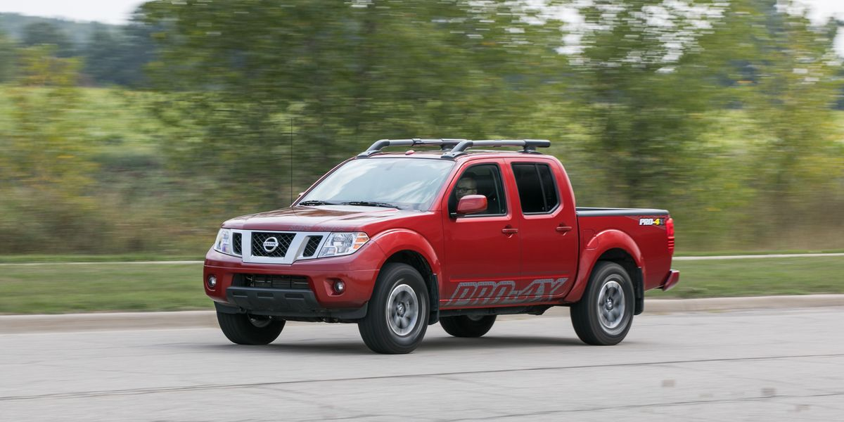 2017 Nissan Frontier Pro-4X 4x4 Crew Cab Automatic Test | Review | Car and Driver