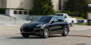 ed886d0ca40 We Test the 2017 Porsche Cayenne Turbo S