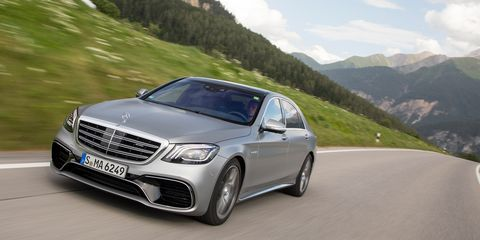 Land vehicle, Vehicle, Car, Automotive design, Luxury vehicle, Personal luxury car, Mid-size car, Mercedes-benz, Performance car, Sedan,
