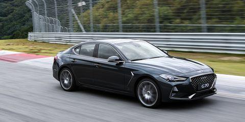 Land vehicle, Vehicle, Car, Luxury vehicle, Automotive design, Personal luxury car, Sedan, Mid-size car, Performance car, Rim,