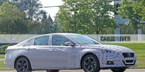 Land vehicle, Vehicle, Car, Luxury vehicle, Automotive design, Executive car, Mid-size car, Personal luxury car, Full-size car, Family car,