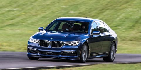 Land vehicle, Vehicle, Car, Luxury vehicle, Personal luxury car, Performance car, Alloy wheel, Bmw, Automotive design, Rim,