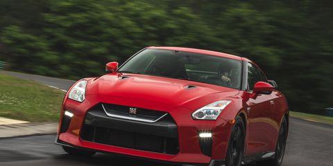 Land vehicle, Vehicle, Car, Sports car, Performance car, Supercar, Automotive design, Nissan gt-r, Motor vehicle, Coupé,