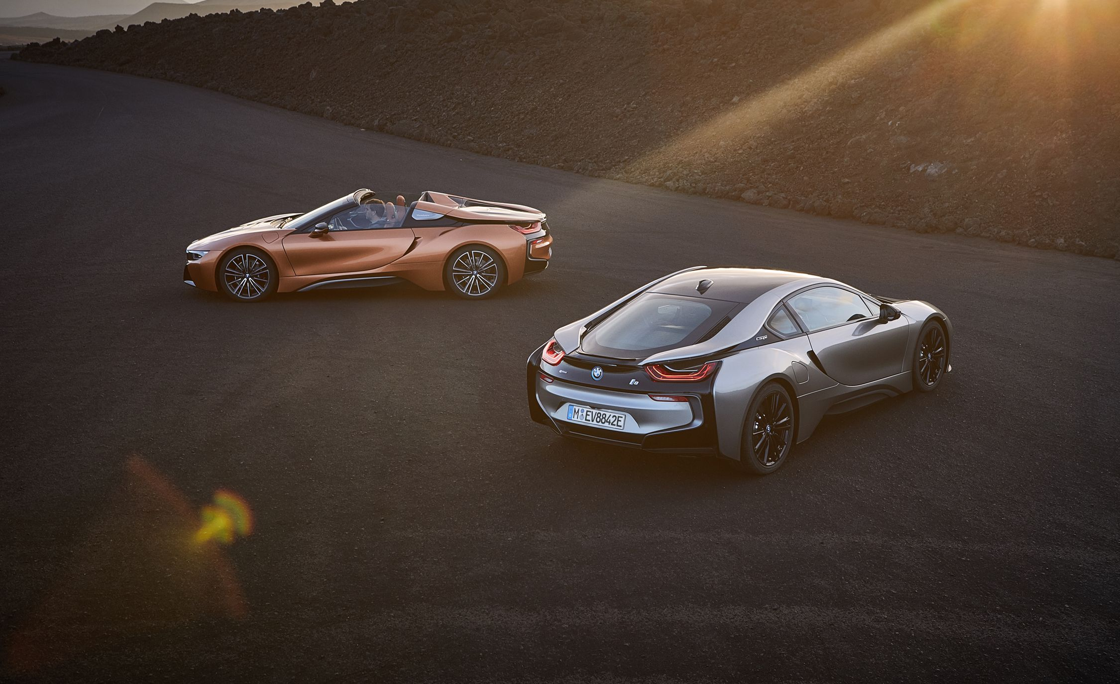 2019 Bmw I8 Roadster Photos And Info News Car And Driver