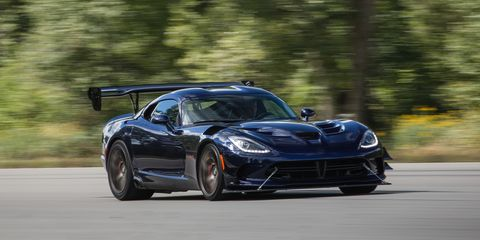 Land vehicle, Vehicle, Car, Sports car, Supercar, Performance car, Automotive design, Dodge Viper, Rim, Muscle car,