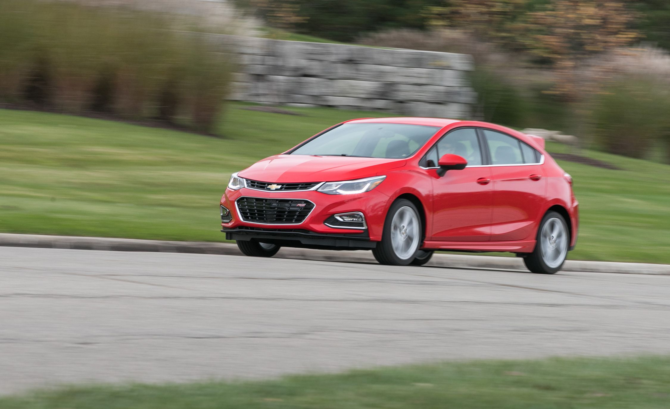 2018 Chevrolet Cruze Sel Hatchback Manual