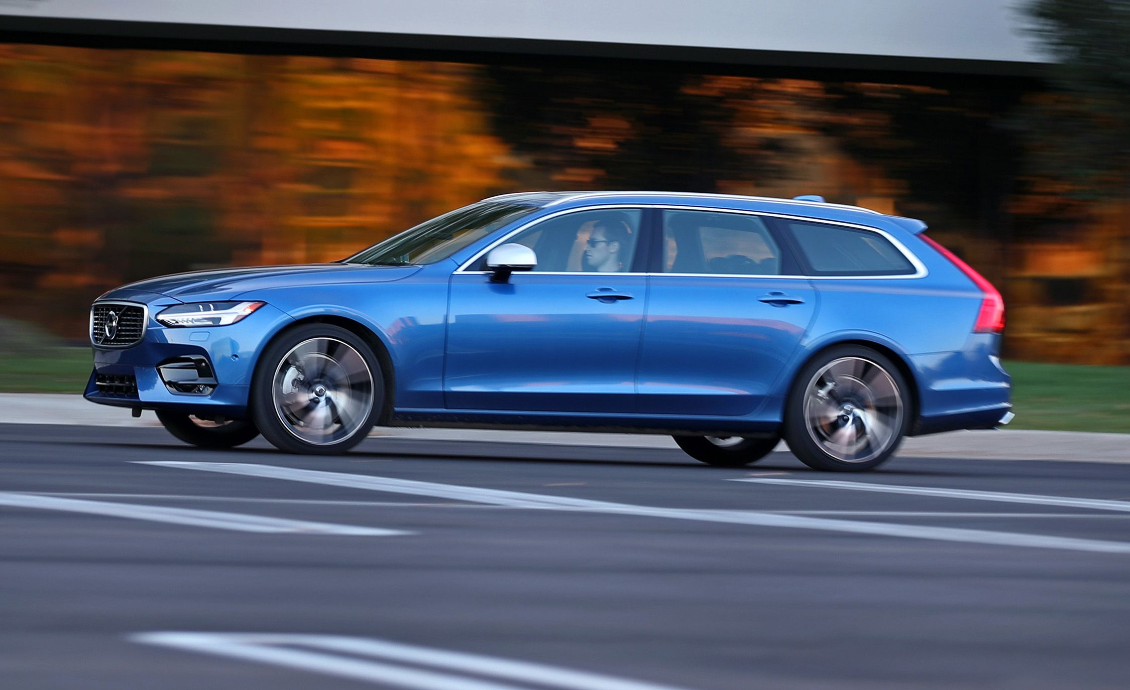 2018 Volvo V90 T6 Awd Test Review Car And Driver