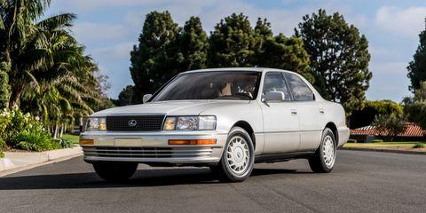 Land vehicle, Vehicle, Car, Sedan, Automotive design, Full-size car, Lexus, Coupé, Toyota, Classic car,