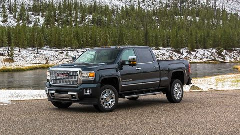 land vehicle, vehicle, car, automotive tire, motor vehicle, tire, pickup truck, bumper, automotive exterior, truck,
