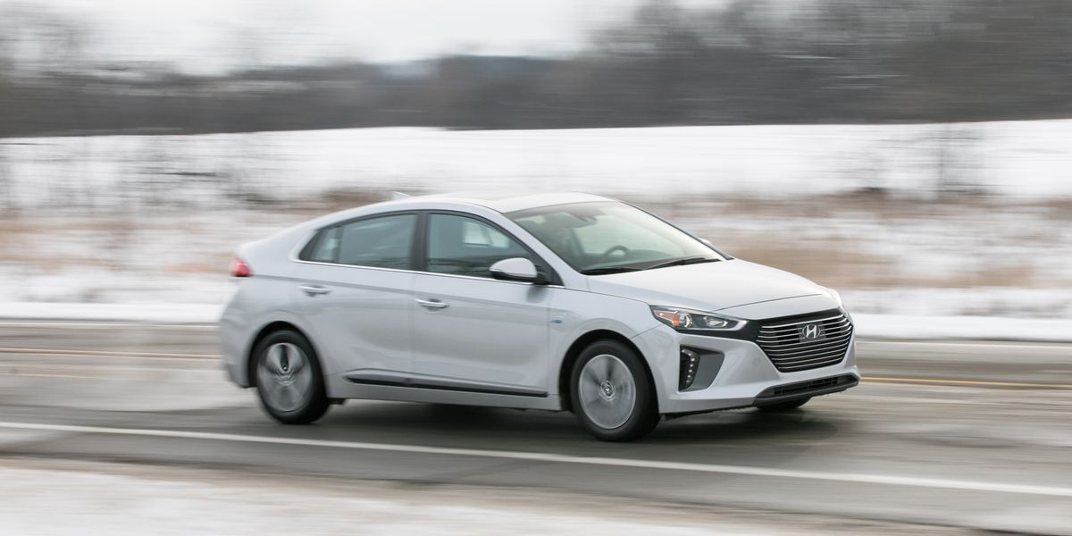 2018 Hyundai Ioniq Plug-In Hybrid Test | Review | Car and ...