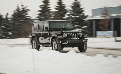 2018 Jeep Wrangler Unlimited V-6 AWD Automatic Test | Review