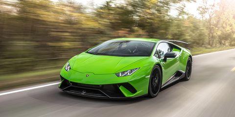 Land vehicle, Vehicle, Car, Supercar, Sports car, Automotive design, Green, Lamborghini aventador, Lamborghini, Yellow,