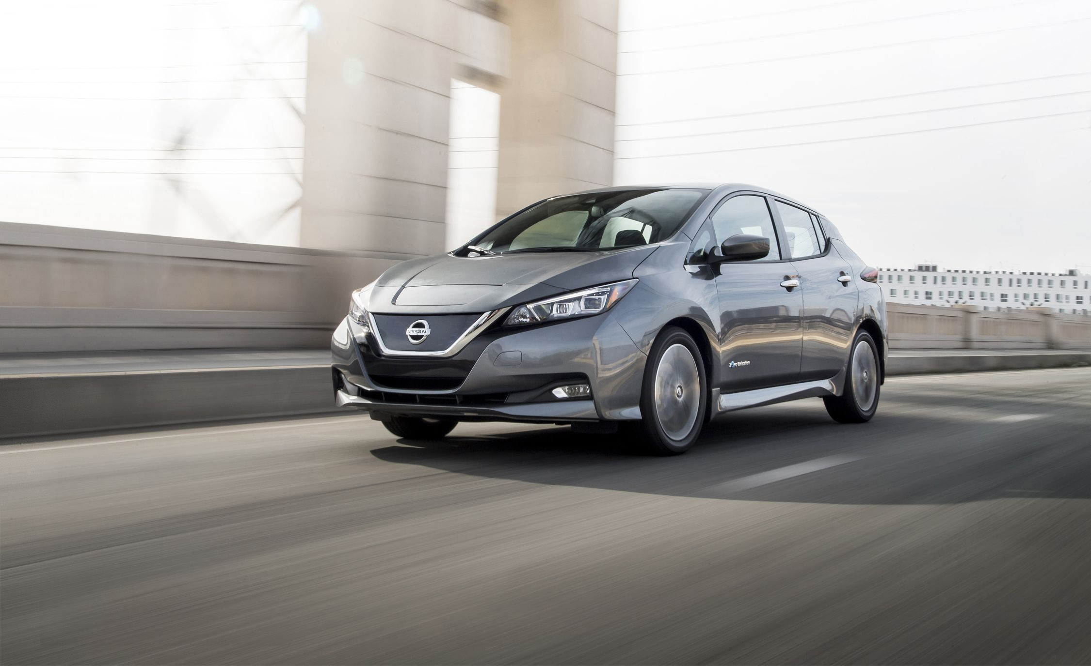 2018 Nissan Leaf Test Review Car And Driver