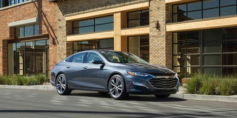 Land vehicle, Vehicle, Car, Mid-size car, Automotive design, Full-size car, Personal luxury car, Rim, Sedan, Luxury vehicle,