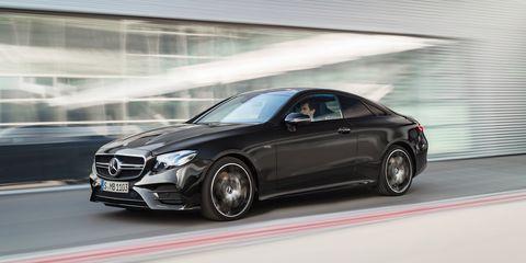 Land vehicle, Vehicle, Car, Automotive design, Personal luxury car, Luxury vehicle, Mercedes-benz, Wheel, Transport, Mid-size car,