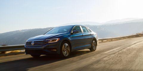Land vehicle, Vehicle, Car, Mid-size car, Automotive design, Full-size car, Volkswagen, Sedan, Sport utility vehicle, Family car,