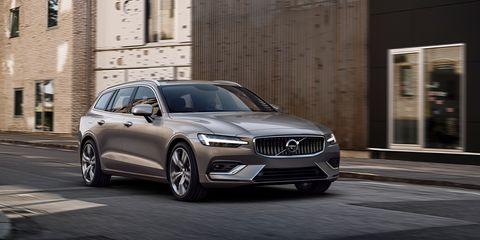 Land vehicle, Vehicle, Car, Automotive design, Luxury vehicle, Mid-size car, Personal luxury car, Performance car, Executive car, Sedan,